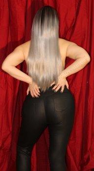 Mistress Luscinia