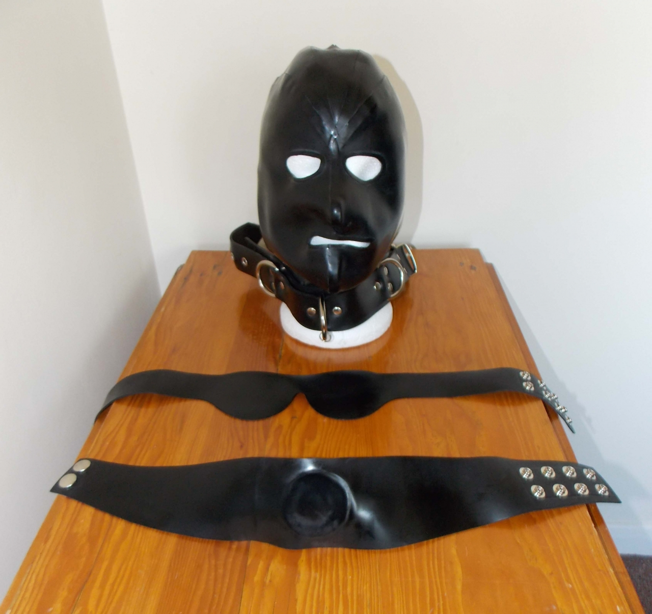 clean hood gag and blind fold