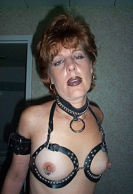 sissy slave on display