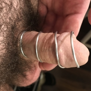 There is the penis in the 30mm custom test cage.
